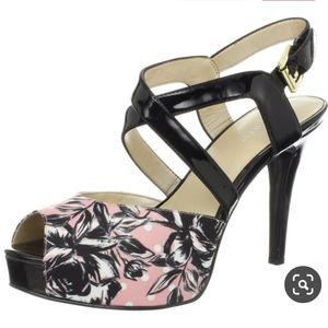 NINE WEST Candyman Platform Peep toe sandal 8